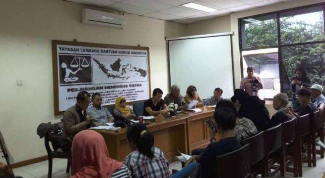 Konferensi pers Yayasan Penelitian Korban Pembunuhan (YPKP) 65, Jumat, 15 April 2016. (VIVA.co.id/ Foe Peace Simbolon)