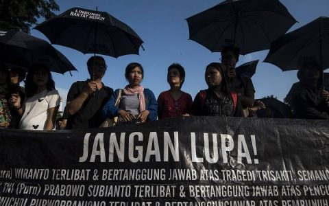 Ilustrasi: Aksi Kamisan (foto: Antara)