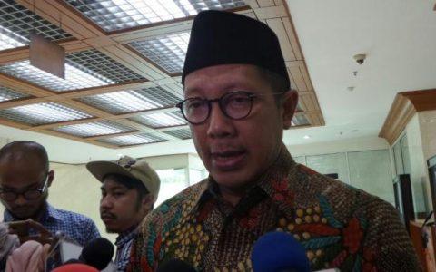 Menteri Agama Lukman Hakim Saifuddin di Kompleks Parlemen, Senayan, Jakarta, Senin (16/1/2017)