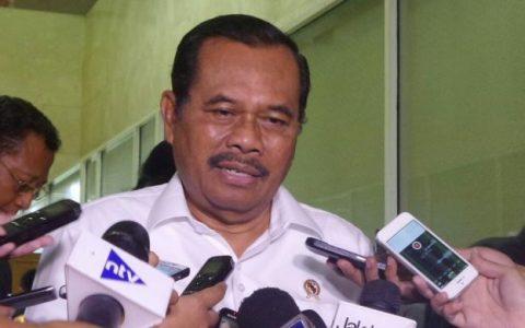 Jaksa Agung Muhammad Prasetyo di Kompleks Parlemen, Senayan, Jakarta, Rabu (1/2/2017). KOMPAS.com/Nabilla Tashandra