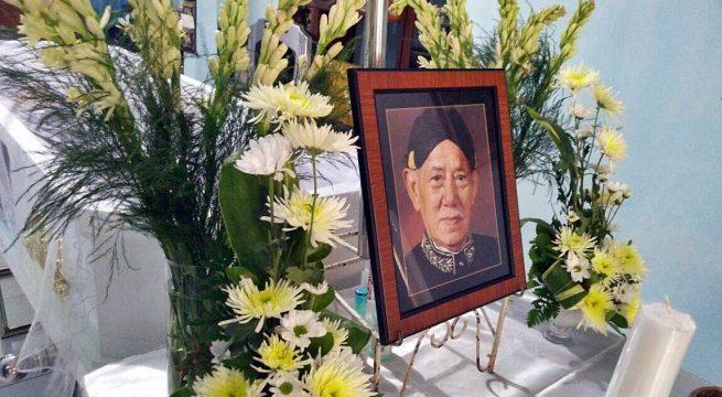 RIP: Jenazah Alm Soemaun Utomo disemayamkan di Rumah Duka Semarang, sebelum dikebumikan pada Kamis (14/9). Rest in Peace [Photo Credit: YAS]