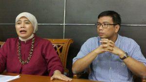 BBC INDONESIA Komnas HAM menolak RKUHP Tindak Pidana HAM karena KUHP tidak berlaku surut atau tidak dapat diaplikasikan pada kejahatan sebelum UU terkait dibuat.