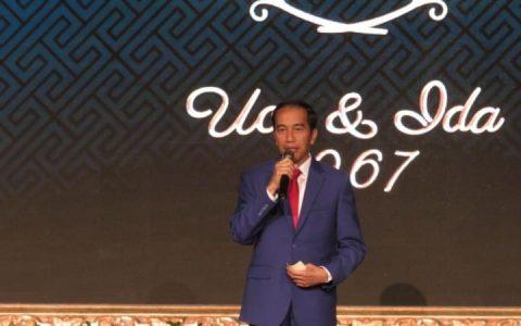 Joko Widodo di Syukuran 50 tahun Pernikahan JK (Foto: Yudhistira Amran Saleh/kumparan)