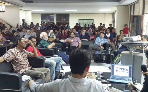 Diskusi-MAP-Corner-Klub-MKP-UGM-genosida-intelektual-memberangus-idiologi-dan-kaum-kiri-di-kampus-indonesia-pasca-september-1965-1