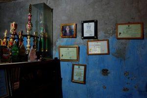 Ruang tamu Paiman. (Foto: Panji Satrio/LPM Kentingan)