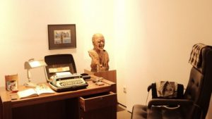 Tiruan ruang kerja Pram, menjadi salah satu yang dipamerkan di pameran 'Namaku Pram'