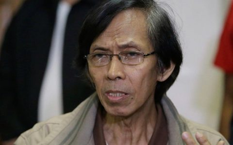 Perlu proses panjang dan tekad kuat untuk mengadili pelaku kejahatan HAM. Filipina mulai berhasil melakukannya.