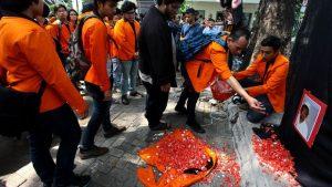 Peringatan 17 tahun tragedi Semanggi. (ANTARA FOTO/Muhammad Adimaja)