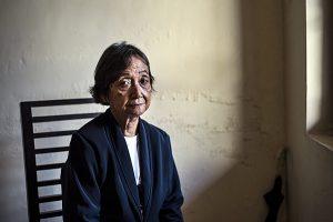 Sri Moehajati dulunya mahasiswa kedokteran Universitas Gadjah Mada pada 1965. Selama menjadi mahasiswa, ia juga menjadi anggota Concentrasi Gerakan Mahasiswa Indonesia (CGMI). Alih-alih menjadi dokter, Sri Moehajati malah menjadi tahanan politik (tapol) dan berpindah-pindah tahanan selama lima tahun - Rosa Panggabean