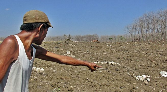 UNGKAP: Keberanian Warli untuk membuka dan bahkan menunjukkan lokasi pembantaian dan kuburan massal para korban Genosida 1965 di desanya, pantas diapresiasi. Kebenaran harus diungkap dan dibuka seterang-terangnya [Foto: Humas YPKP 65]