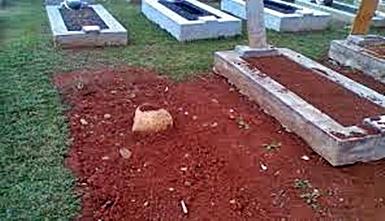Makam mendiang Letkol. Pnb. Heru Atmodjo {Foto: Kredit Viva.co]