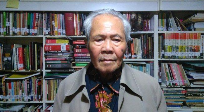 Sarmadji, eksil yang sudah 40 tahun tinggal di Belanda. Pasportnya dicabut pemerintah Indonesia kala G30S. Foto: Ninik Yuniati