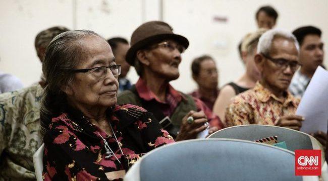 Korban Tragedi 65 berharap Presiden Joko Widodo bisa memberikan rehabilitasi sebagai solusi untuk mengakhiri anggapan miring sebagian masyarakat. (CNN Indonesia/Andry Novelino)
