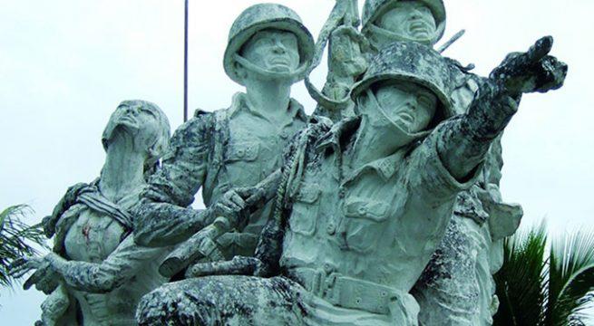 Bagi Soeharto dan Orde Baru-nya, penghancuran pangkalan PKI, yang diabadikan dalam sebuah monumen besar, menunjukkan dominasi absolut tentara dan bahwa Orde Baru ada di sini untuk tinggal. Gambar: Kuburan Tanpa Tanda